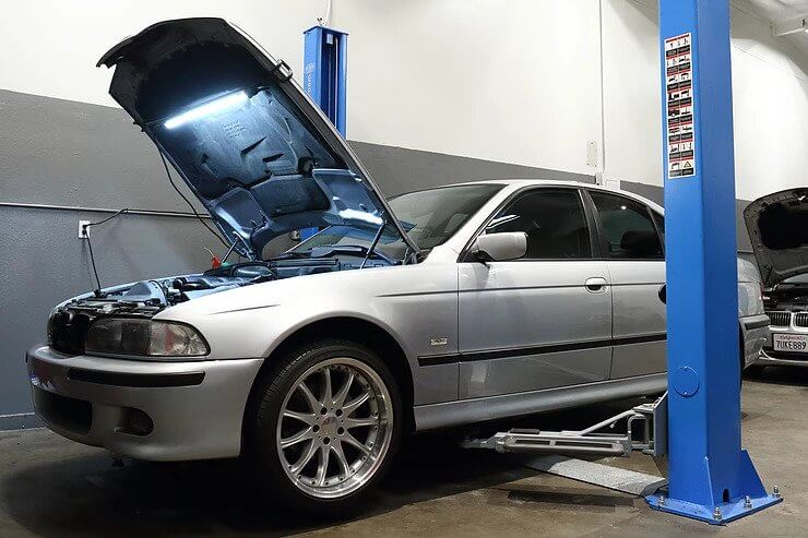 1998 BMW 528i 120,000 Mile Service with Motul & Red Line Synthetic Fluids